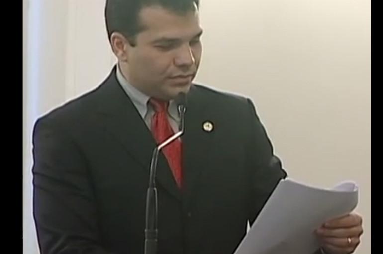 O deputado Ricardo Nezinho solicita, na sessão do dia 10/06/2009, a ampliação da Unidade de Emergência do Agreste. Enviado em 25 de set de 2009