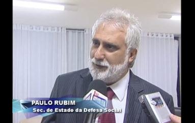 Deputado Ricardo Nezinho, veradores de Arapiraca e membros do Conselho de Segurança Municipal reúnem-se com Governador Teo Vilela e representantes da Segurança Pública do Estado para dicutir a crescente escalada de violência em Arapiraca.Enviado em 25 de set de 2009
