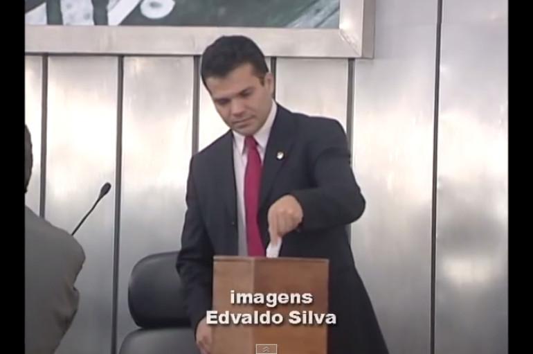 Ricardo Nezinho alerta para a falta de policiais na região do Agreste alagoano. Enviado em 25 de set de 2009