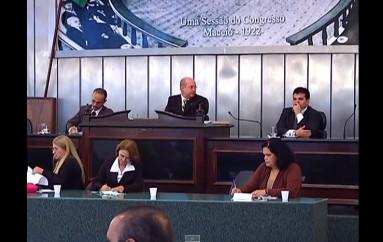 Deputados aprovam PEC dos Procuradores. Enviado em 2 de jun de 2010