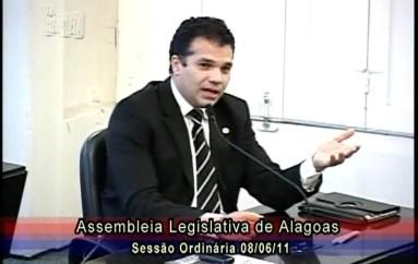Ricardo faz apelo ao TRE para facilitar o processo de recadastramento eleitoral em Alagoas