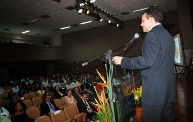 Deputado Ricardo Nezinho prestigia VII Encontro de Contabilistas