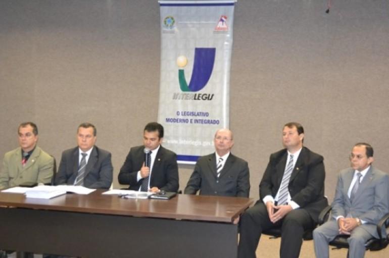 Comissão convoca imprensa para divulgar balanço das atividades
