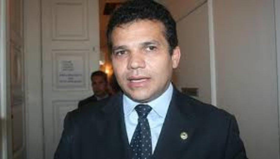 Deputado Ricardo Nezinho vai se filiar ao PMDB nesta quinta (05)