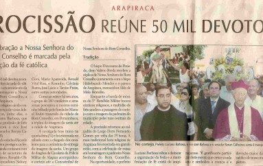 Procissão reúne 50 mil devotos