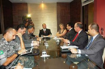 Regina Miki participa da instalação de comissão (25-10-2012)