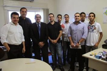 Ricardo e Dario Cesar ouvem prejudicados no concurso da PM (02-10-2013)