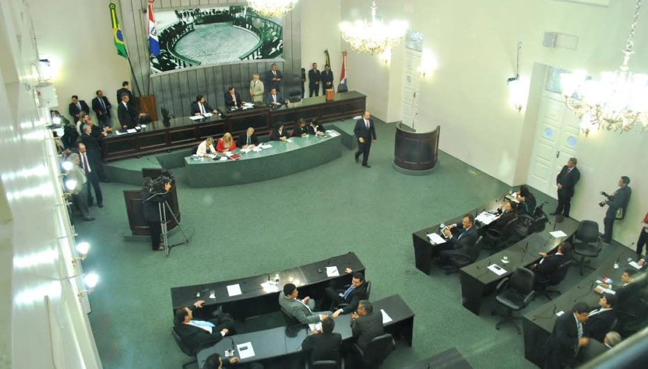 ALE vota 28 matérias e LDO fica para julho