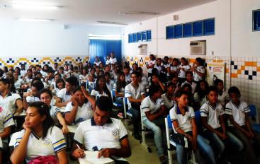 """Ricardo defende a """"Escola Sem Partido"""" em projeto de lei"""