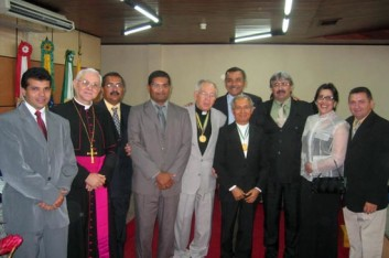 Câmara Municipal de Arapiraca homenageia Bispo Dom Valério (11-04-2004)