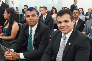 """Jovens deputados"""" tomam posse e elegem Mesa Diretora (29-10-2015)"""