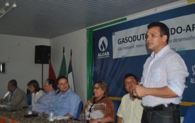 Ricardo participa de solenidade de assinatura da ordem de serviço de gasoduto