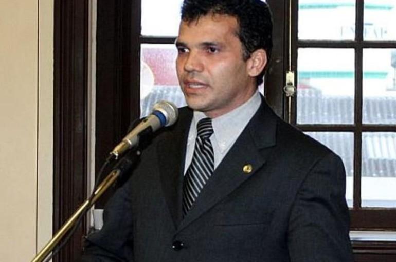 Ricardo Nezinho comemora liderança de Arapiraca na geração de empregos