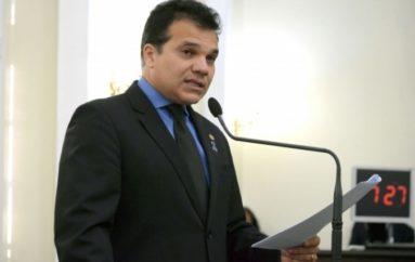Ricardo Nezinho é o pré-candidato a prefeito de Arapiraca apoiado por Célia Rocha e Renan Filho