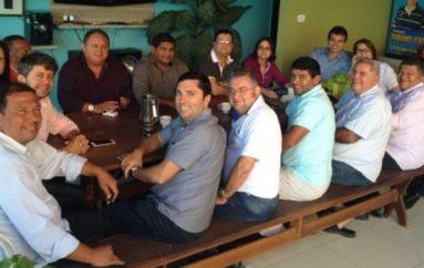 Reunião com treze vereadores confirma apoio da câmara aos pré-candidatos à sucessão municipal