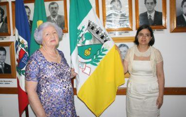 Câmara de Arapiraca homenageia Professora Dira com Título de Cidadã Honorária