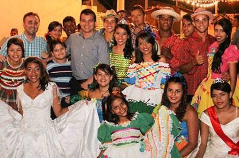 Chuvas 'abençoam' apresentações juninas no Arraiá Aracajana