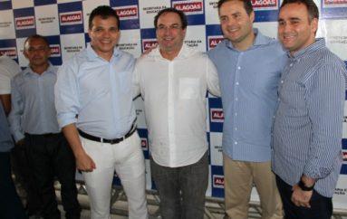 Renan convida Célia para inaugurações e confirma presença em Arapiraca