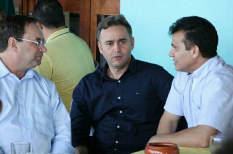 Nezinho e Luciano definem cronograma de ações da Casal em Arapiraca