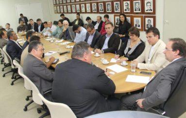 Ricardo destaca importância da parceria governo-municípios para fortalecer economia do agreste
