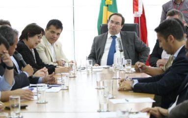 Ricardo discute com o governo propostas de segurança e infraestrutura para Arapiraca