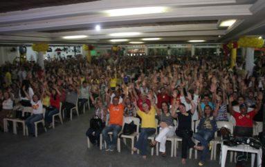 Ricardo Nezinho discursa em clube lotado e agradece o carinho e participação das pessoas