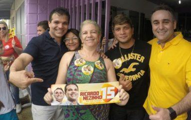 Moradores do bairro Brasília declaram voto a Nezinho