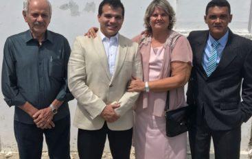 Ricardo Nezinho prestigia posse da prefeita eleita de Coqueiro Seco