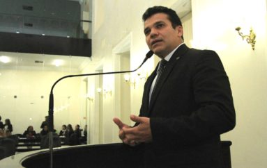 Ricardo Nezinho cotado para a liderança do governo na Assembleia