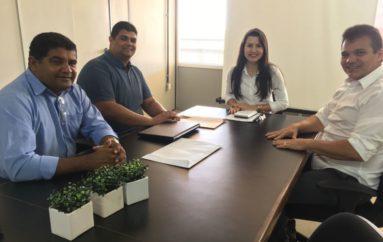 Ricardo Nezinho busca apoio para instituto de Arapiraca