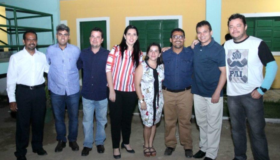 Ricardo Nezinho participa de inauguração da sede própria da Comunidade Gênesis