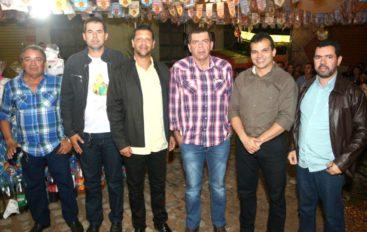 Ricardo Nezinho prestigia festejos juninos em Craíbas