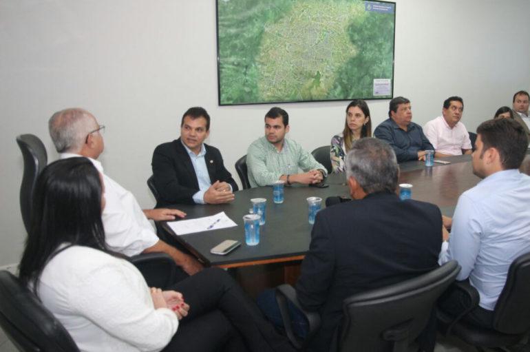 Deputados participam de reunião para definir funcionamento do IC em Arapiraca