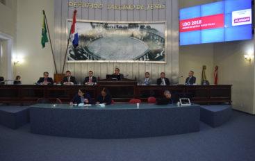Plenário debate projeto de Lei de Diretrizes Orçamentárias de 2018
