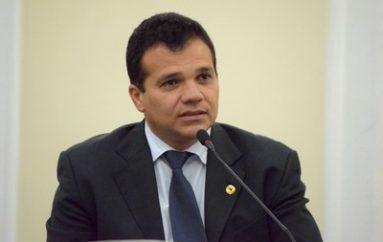 Nezinho elogia protagonismo do MPE com Assembleia Legislativa e Educação