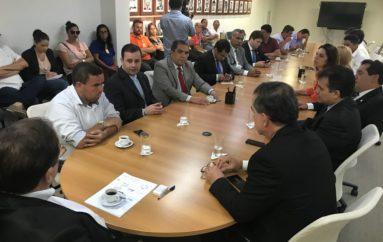 Legislativo articula com Governo busca de solução para o problema d'água em Piaçabuçu