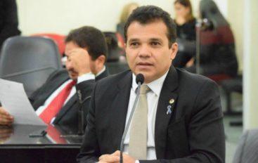 Ricardo Nezinho lidera em Arapiraca