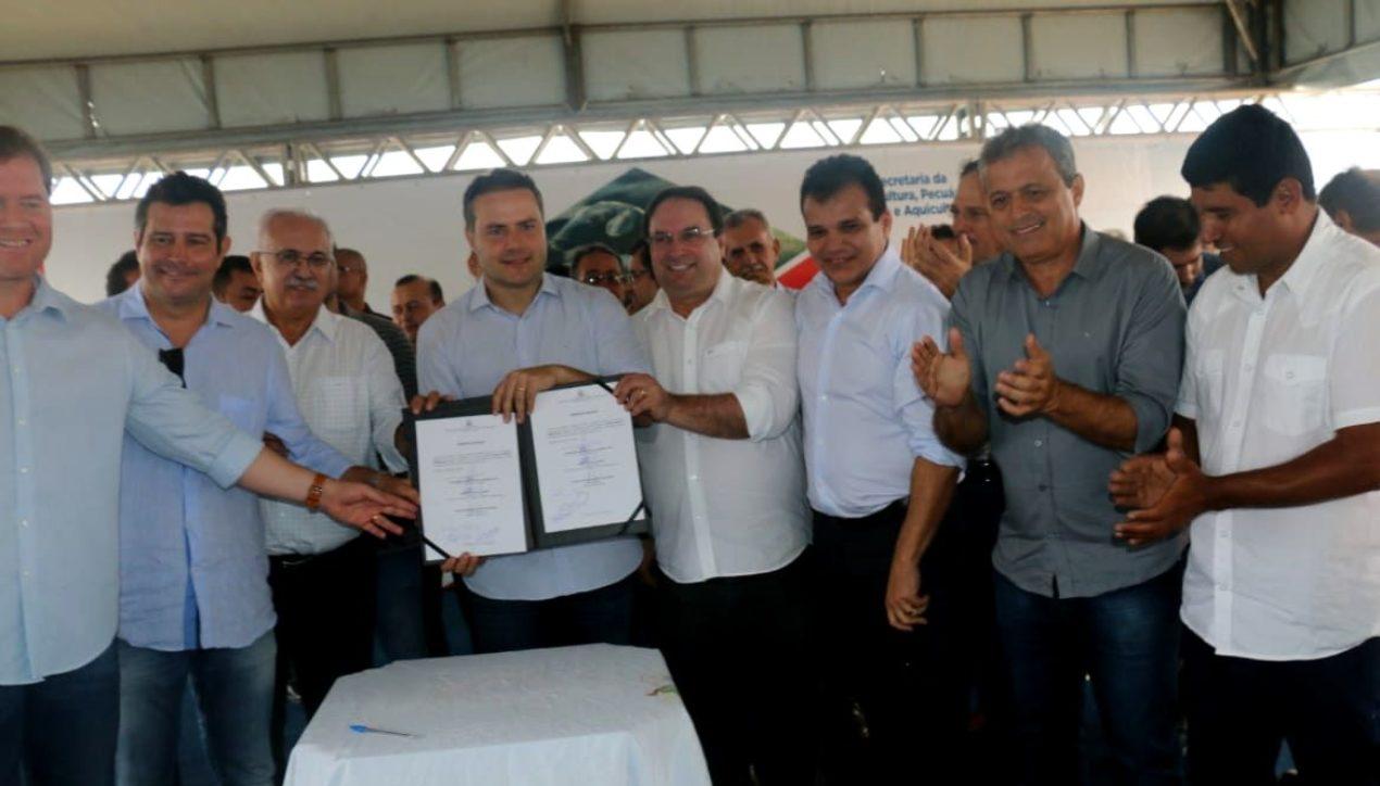 Renan Filho autoriza início de pavimentação das Vilas Fernandes e São Francisco