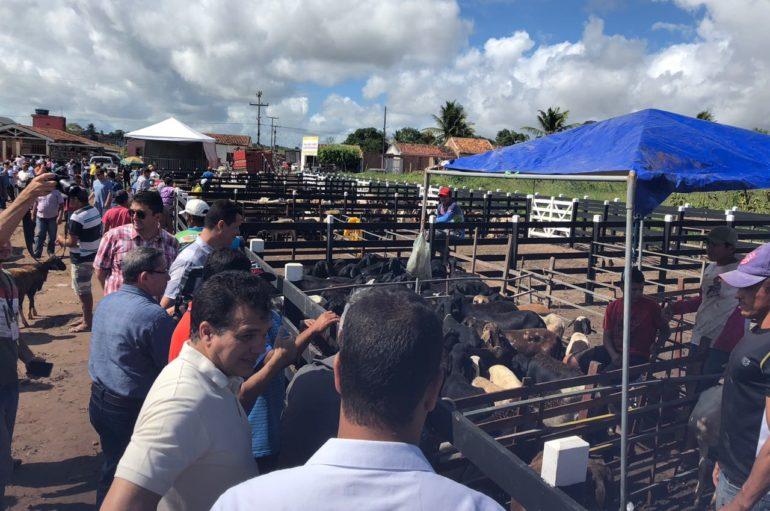 Em Craíbas, Ricardo Nezinho destaca papel econômico da Feira de Ovinos