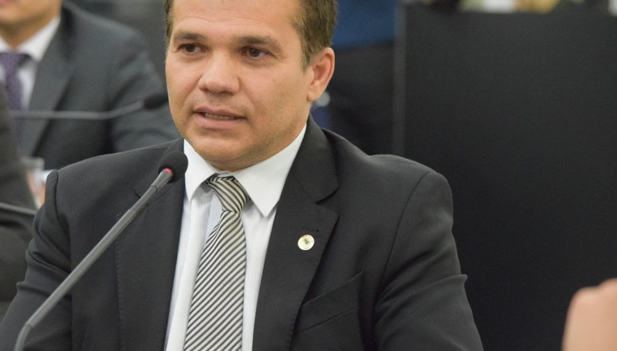 Ricardo Nezinho anuncia estrutura no HEA para atender possíveis pacientes com Covid-19