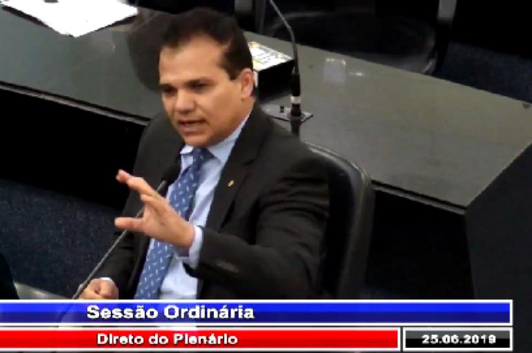 Ricardo Nezinho apoia greve e enaltece trabalho dos jornalistas alagoanos