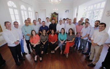 Deputado Ricardo Nezinho participa de almoço com governador Renan Filho