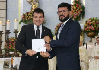 Paróquia de Arapiraca celebra 75 anos com homenagens e selo comemorativo