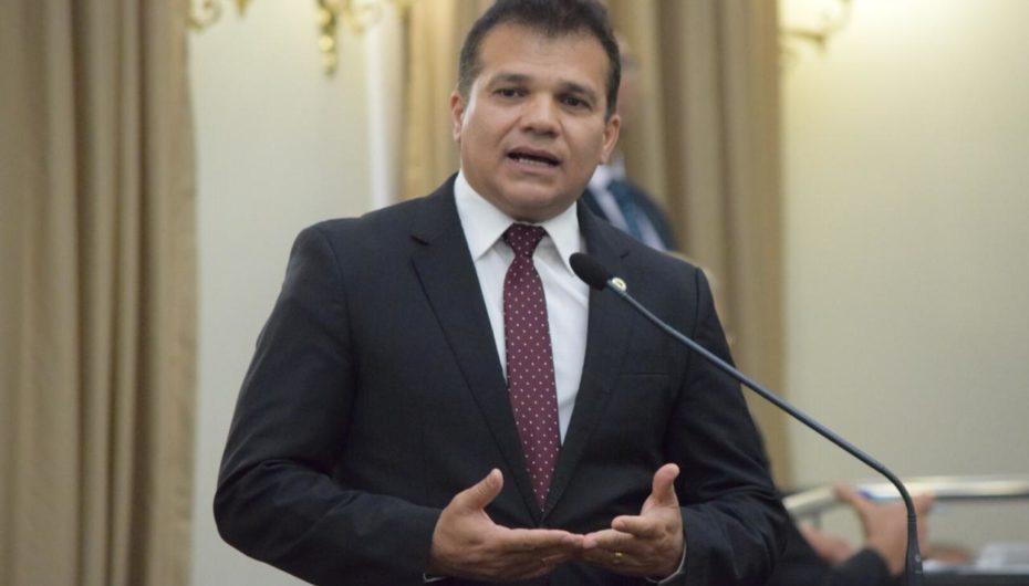 Eleição em Arapiraca fez de Ricardo Nezinho parceiro político que todos queriam