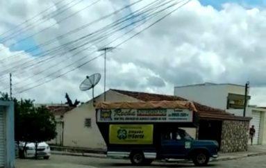 Deputado Ricardo Nezinho reforça campanha de saúde com carro de som nas ruas de Arapiraca