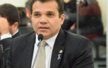 Deputado Ricardo Nezinho lamenta mortes de alagoanos pela Covid-19