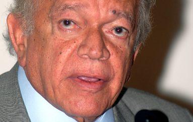 Deputados exaltam legado político de Guilherme Palmeira