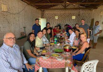 Ricardo Nezinho, Luciano Barbosa e Rogério Nezinho, são recepcionados com almoço pela líder política Neguinha do Gangandu